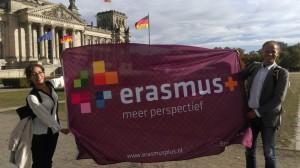 Vor dem Reichstag in Berlin